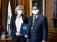 Kitüntették az orvost, aki felismerte az első magyarországi koronavírus-esetet