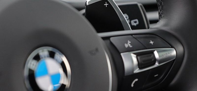 Bemondta a számot a BMW: hasít az elektromos BMW-k eladása, ennyi lehet az év végére