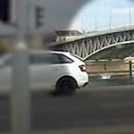 A Dunába zuhant egy fiatal férfi a Petőfi hídról