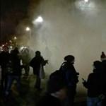 Diákokat igazoltattak a rendőrök a péntek esti tüntetés után