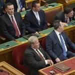 Tordai Bence: Tiszteletről, legitimációról, demokráciáról