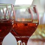 Csak egy pohár vörösbor egy nap? Kutatók szerint már ezzel is árthat magának