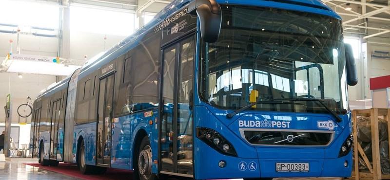 Jövő héten újabb használt buszok érkezhetnek Budapestre