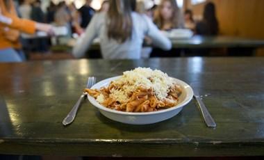 Itt ebédelhettek meg 700-800 forintból  a legjobb helyek a Corvinusnál 27e8a4a5ca