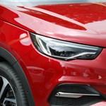 Még nehéz hova tenni – megnéztük a második francia Opelt, a Grandland X-et