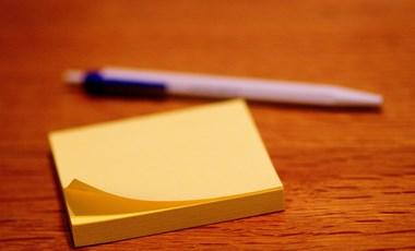 Helyesírási teszt: hogyan írjuk helyesen ezeket a kifejezéseket?
