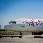 A Wizz Air szerint nagyon is jogszerű, hogy a normál kézipoggyászért is pénz kérnek