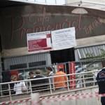 Bezárkózott két alkalmazott a Mammut egyik kávézójába