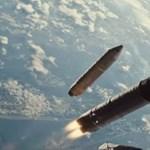 Magyar előzetes érkezett Brad Pitt és Tommy Lee Jones sci-fijéhez