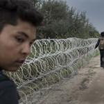 Menekültek tragédiája: újra bevezetné a határellenőrzést Burgenland vezetője