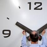 A munkaidőkeret buktatója: mi lesz a többlet pihenőnappal?