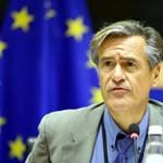 Vizsgálatot sürgetnek az Európai Bizottságnál a magyar veszélyhelyzet miatt