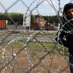 Eljárást indít az Európai Bizottság Magyarországgal szemben a menekültek éheztetése miatt