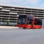 Egy háztömböt végigérne nálunk a világ leghosszabb, kétcsuklós elektromos busza