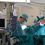 Leállt egy komputer egy szívműtétnél az antivírusprogram miatt