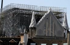 Újabb veszély leselkedik a leégett Notre-Dame-ra: az eső
