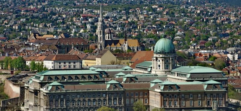 Lassan sorvasztaná el Budapestet a kormány