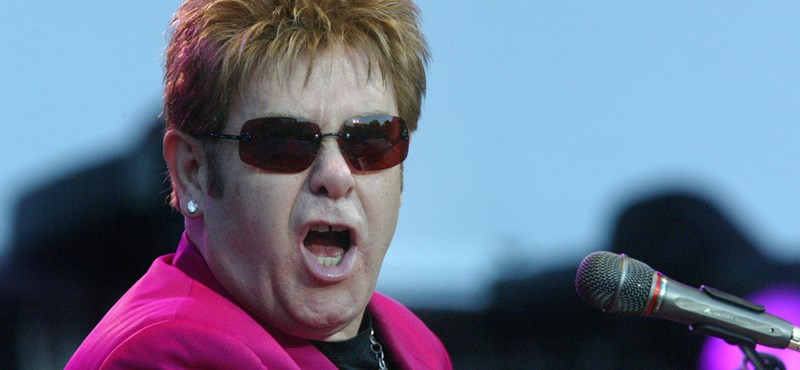 Elton John rompe un récord increíble