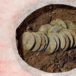 Különleges családi sírt tártak fel Derecske határában