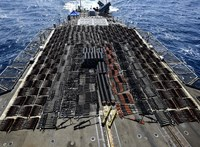Fotó: Óriási fegyverszállítmányt foglalt le az amerikai haditengerészet