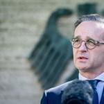 Német illetékes: Nagyon zavaró, hogy az USA nem nem szólt a németországi csapatkivonásról