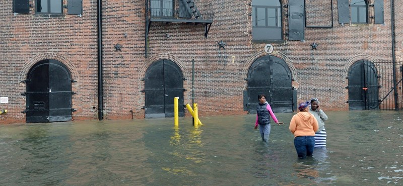 Fotó: Brooklynba már betört a víz
