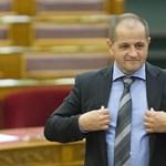 Budai Gyula szerint a bírók komcsik, a közbeszóló képviselő pedig egy gyökér