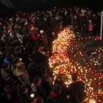 Fotók: a fiatalon elhunyt magyar kapusra emlékeztek