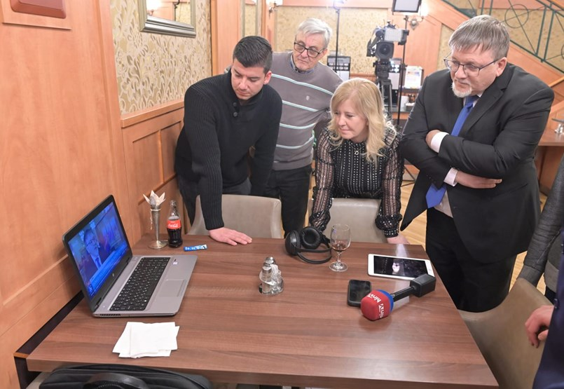 A Fidesz jelöltje vezet a győri polgármester-választáson - élő