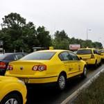 Nem kommentáljuk, tegyék meg önök: NFM-közlemény az Uberről