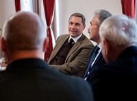 Lázár János hallgatott egy jót az agrárium nagyágyúival rendezett fórumon