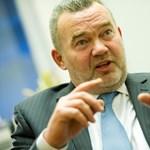 Ombudsman: baj van a gyerekek külföldre viteléről szóló szabályozással