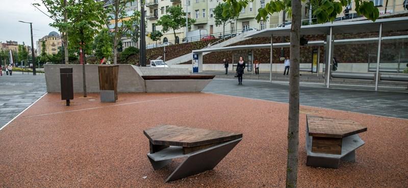 Baj van a felújított Széll Kálmán térrel, eleshetnek az emberek