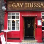 A Boldog Huszár londoni magánya