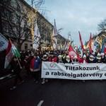Financial Times: a tüntetések rámutatnak a magyar gazdasági modell gyengepontjára
