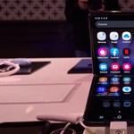 Fotókon mutatjuk a Samsung új összecsukható okostelefonját, a Galaxy Z Flipet