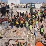 Gázrobbanás döntött romba egy pakisztáni gyárat