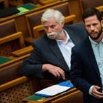 Elnémították Tordai Bencét a parlamentben, mert pártelnöknek nevezte Orbánt