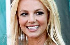Britney Spears kijött a pszichiátriáról
