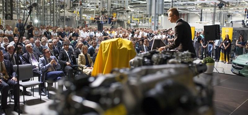 Bajban a világ autóipara, de mit kezd ezzel Magyarország?