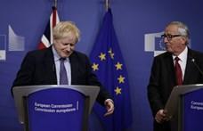 Alig fogadták el a Brexit-megállapodást, máris elbukni látszik