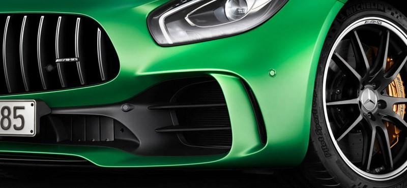 Megérkezett a vadállat: 585 lóerőt kapott a Mercedes-AMG GT R