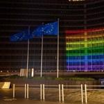 """Bloomberg: La Unión Europea se prepara para emprender acciones legales contra Polonia """"Zonas libres de LGBTQ"""" debido a"""