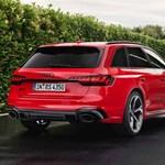 450 lóerős sportkombiként érkezett meg az új Audi RS4