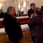 Tévékamera előtt verekedtek össze az Országos Roma Önkormányzat képviselői