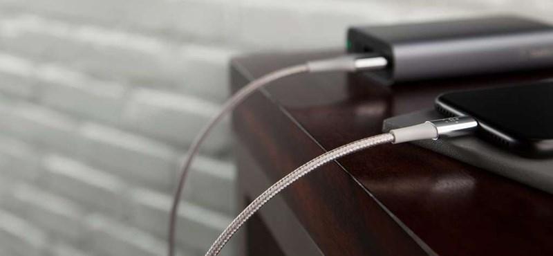 Nézze csak meg: hajlíthatja, ahogy akarja, ez az USB kábel bírja a strapát