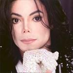 Csillagászati áron vásárolják Michael Jackson tárgyait