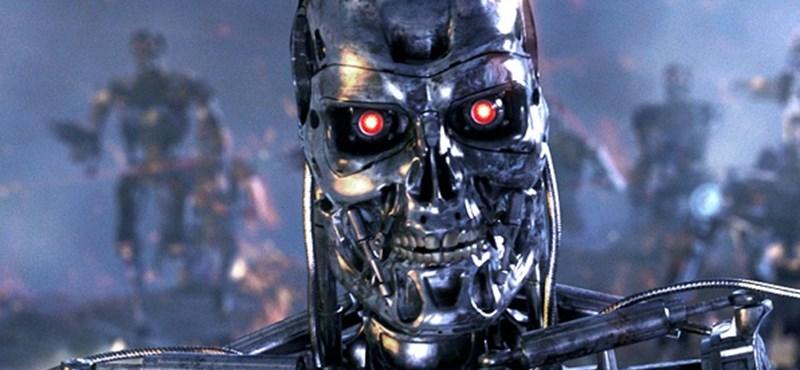 Robotokat küldtek a klikes iskolákba