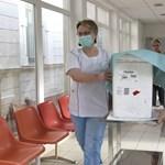 Támad az influenza: újabb kórházakban van látogatási tilalom