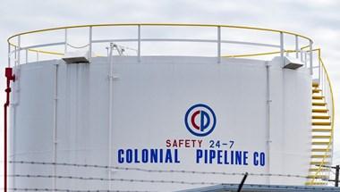 Újraindítják a zsarolóvírus-támadás miatt leállított amerikai üzemanyagvezetéket